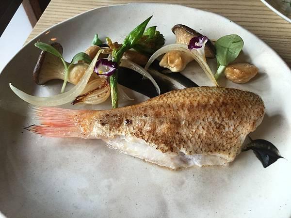 鮮烹大洋海魚佐時蔬