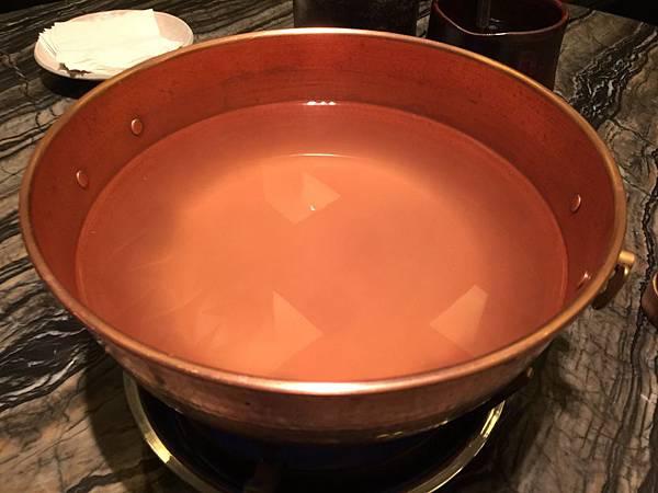 日式豚骨昆布湯