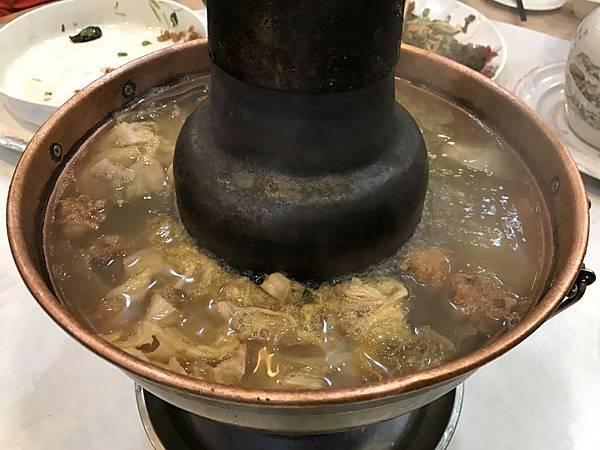 東北酸白菜火鍋