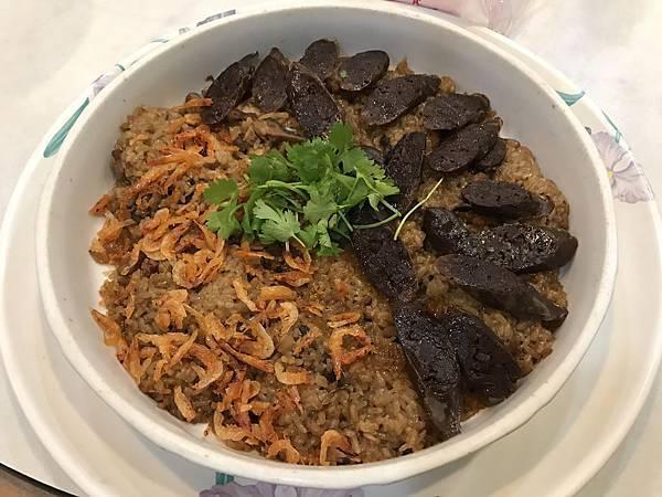 櫻花蝦&肝腸雙拼油飯