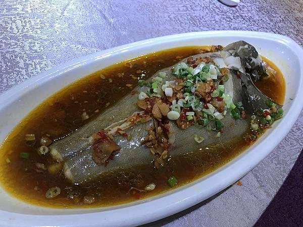 剁椒蒸時鮮魚