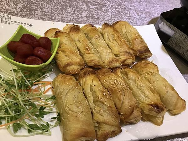 酥皮蘋果海鮮派