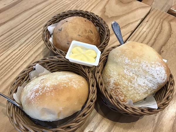 雜糧麵包&奶油麵包