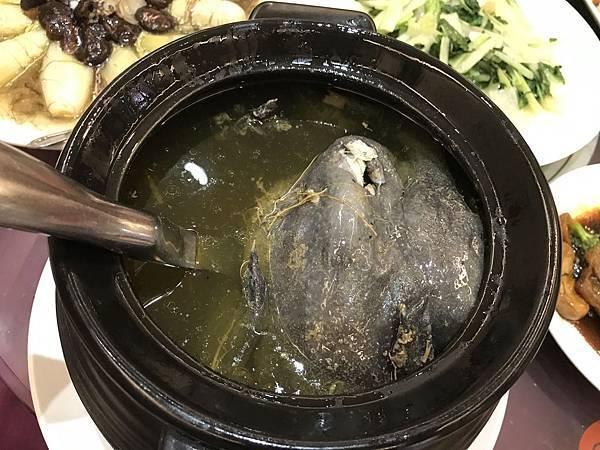 砂鍋上湯雞