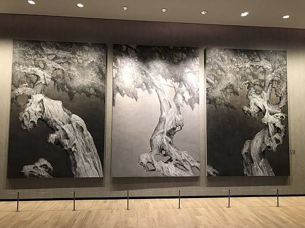 中國畫家雪松畫的古樹系列