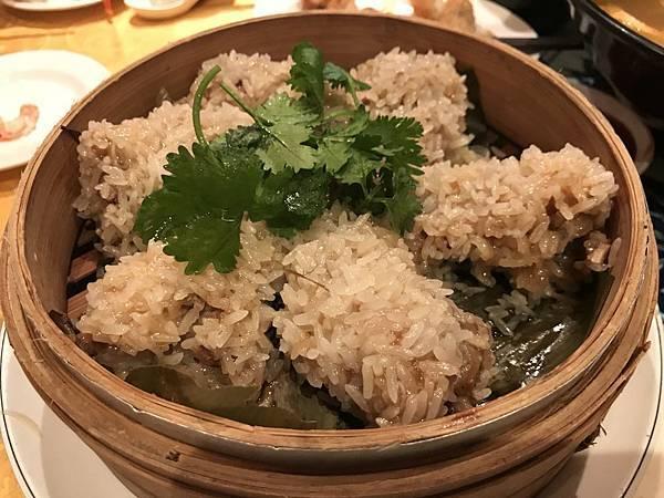蒸糯米排骨