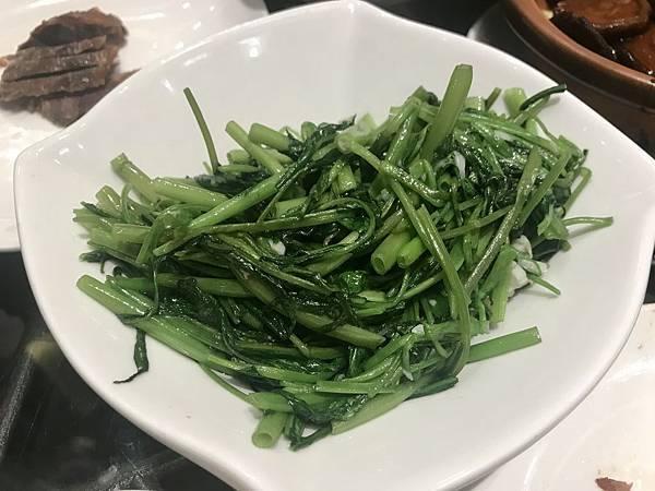 蒜炒綠時蔬