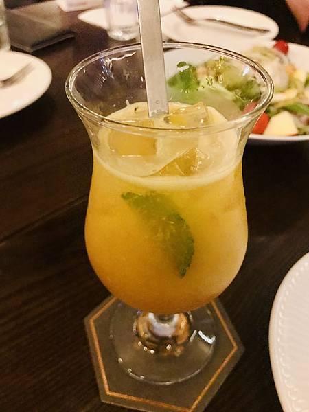 彩虹珊瑚鮮果汁150元