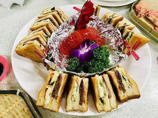 龍蝦三明治