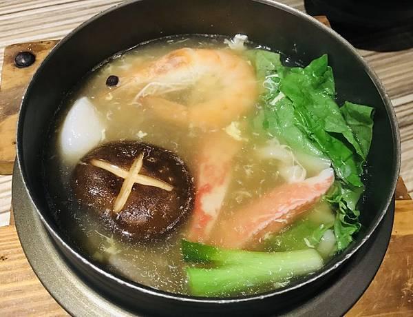 極品海鮮烏龍麵