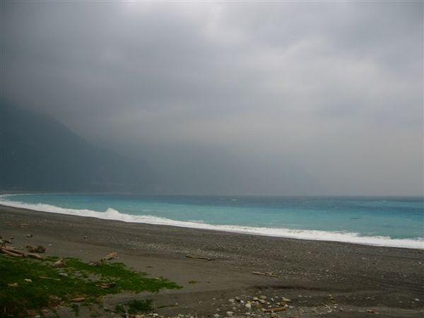 清晨遠眺清水斷崖