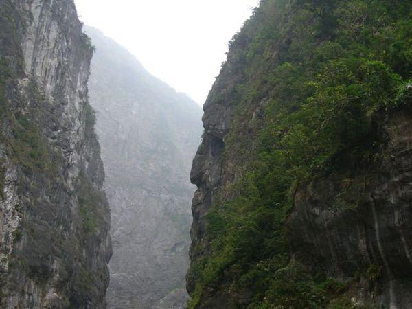 太魯閣國家公園  流淚石壁像