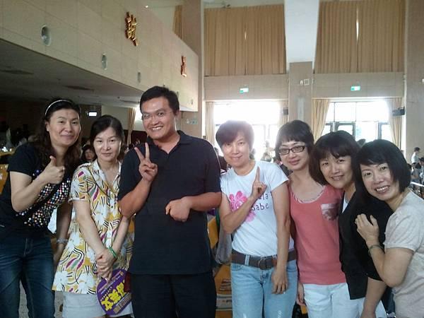 16我們非常謝謝的陳老師
