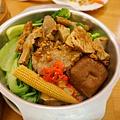 秘製燒肉飯1.JPG