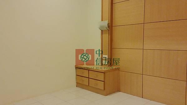 成家首選-竹光國中首購美三房+車位 官6.jpg