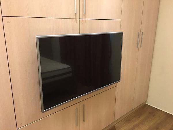 LG 42吋液晶電視-1.jpg