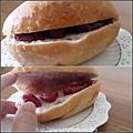 11 【天然然母】草莓餐包.JPG