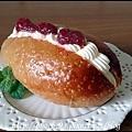 12 【天然然母】草莓餐包.JPG