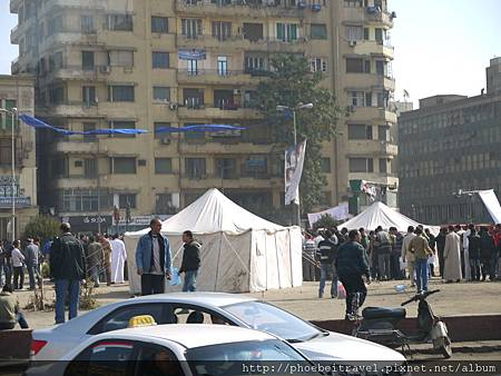 解放廣場(ميدان التحرير)旁的小販