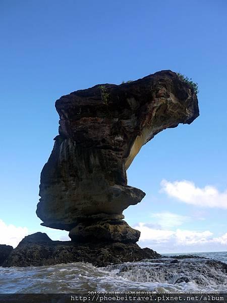 巴哥國家公園最著名的地標-眼鏡蛇岩,從這角度看起來很像是埃及女王頭像