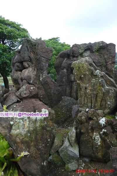 石雕背面也很精彩