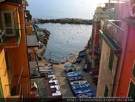 座落在義大利里維耶拉的五漁村,質樸的民風、特有的景致,令人不斷回味駐足,市售自費活動60歐元,我們已經幫您包含。