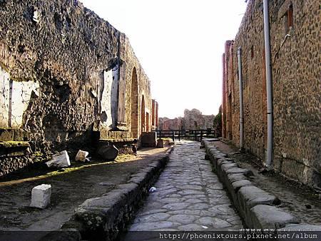 見證歷史永恆的瞬間刻劃~龐貝古城