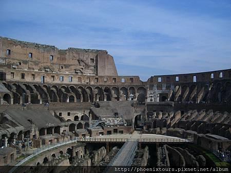 永恆之都‧穿越千年的歲月~羅馬競技場