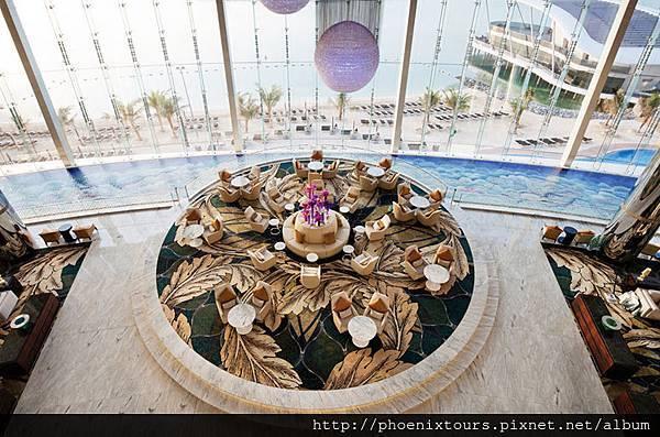 Jumeirah_at_Etihad_Towers_-_Lobby_Aerial_View