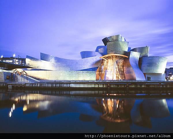 01.Guggenheim_Exterior_2009