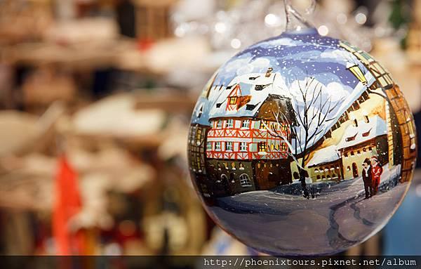 dreamstime_xl_28306800_紐倫堡 聖誕市集小物