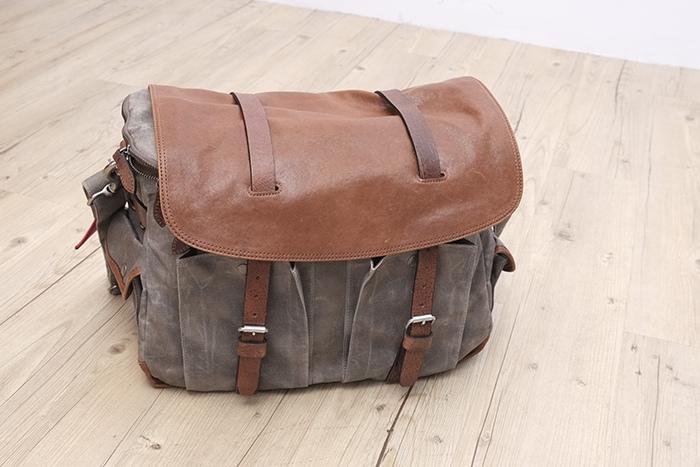 BAG (24)