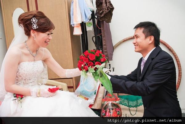 s_Tina's Wedding_014.jpg