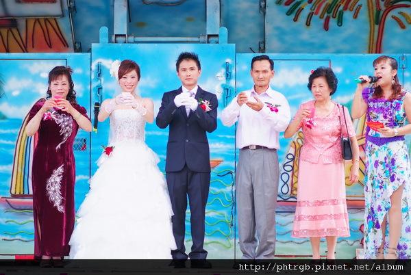 s_Tina's Wedding_050.jpg