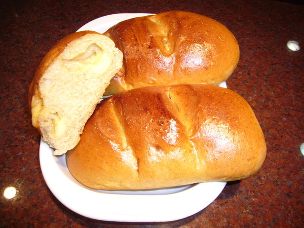 96.5.29香濃全麥乳酪麵包(荷蘭伯尼西摩乳酪)