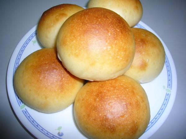 96.10.31金華乳酪內餡麵包