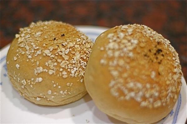 97.5.25王傳仁燕麥漢堡包