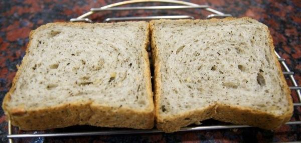 10.15天仁綠茶麵 包