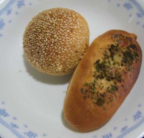 97.2.10漢堡包&火腿葱麵包