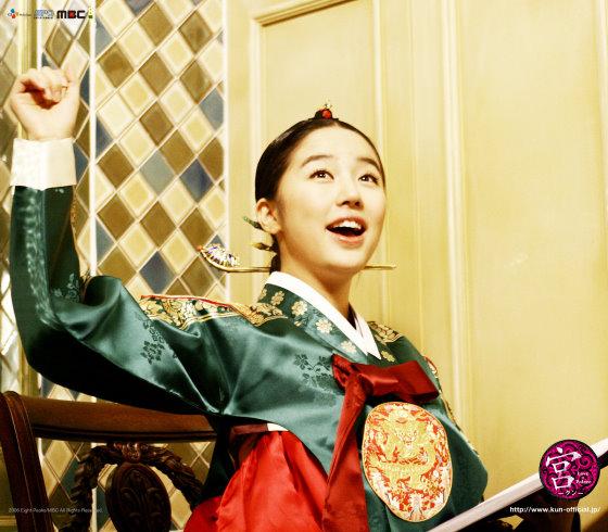 《宮》美麗的太子妃與美麗的韓服