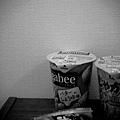 20100316-27 零食黑白版