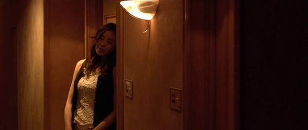 [爱的是你].Love.In.Memory.2006.DVDSCR.XviD-CNXP.avi_002593280.jpg