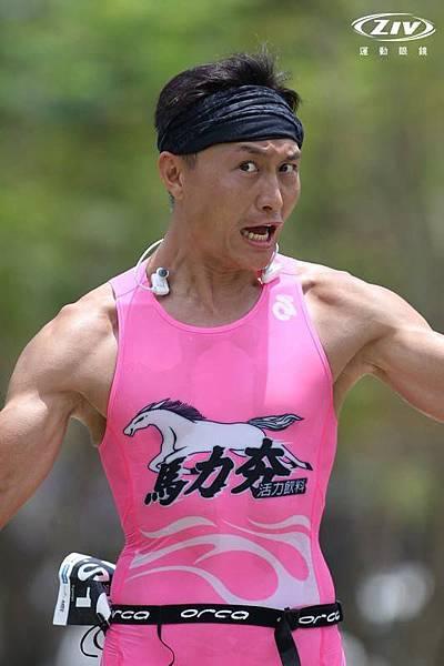 20150425 CHALLENGE TAIWAN 113 國際鐵人賽 路跑 陳彥良相片 by 陳俊瑋 5.jpg