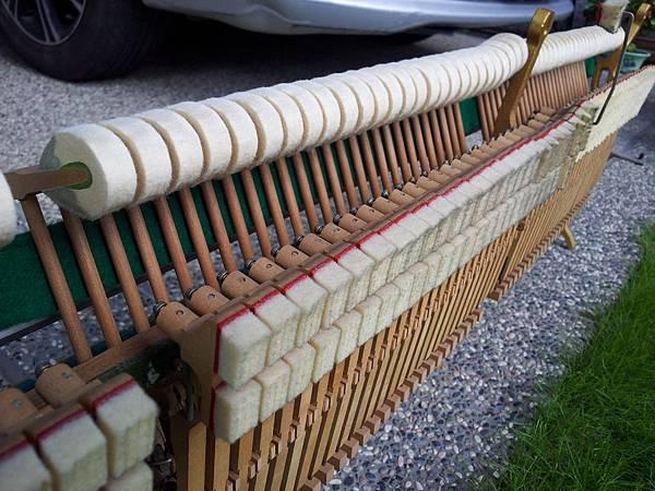 確定琴能用再搬-娘家的鋼琴12