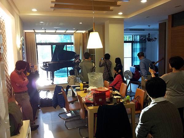 SHIGERU 家庭音樂會04
