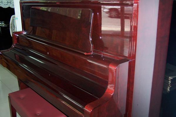 陽光鋼琴公司1.JPG