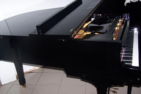 陽光鋼琴公司YAMAHA G3 4.JPG