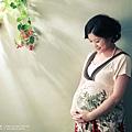 Pregnant_0002.jpg