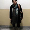 2009.11.18 下班回家穿上外套也超搭的圍巾