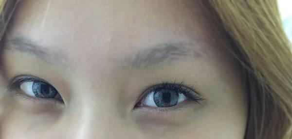 eyeee.jpg